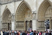 Katedrála Notre Dame (vstupný portál)